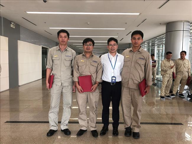 CBCNV Thủy điện Tuyên Quang tự hào được vinh danh tại buổi lễ biểu dương, khen thưởng CNLĐG, ATVSVG tiêu biểu EVN năm 2019